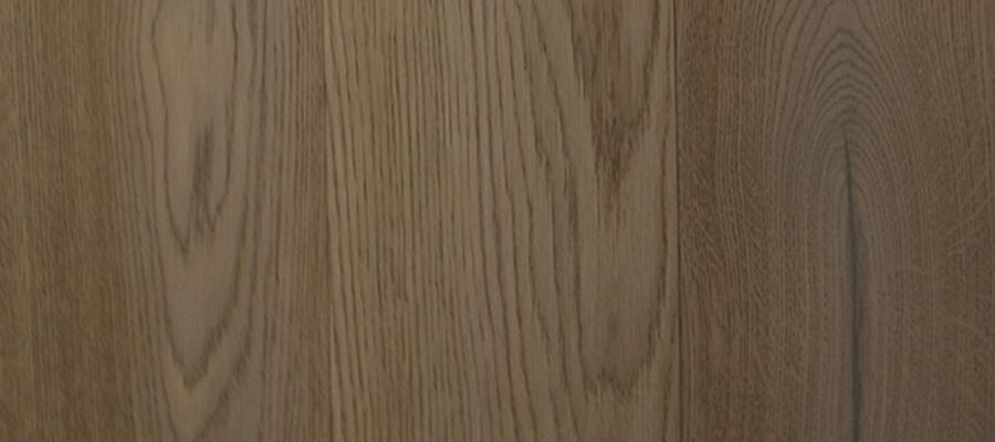 Fawn Harmonie Parket  13 mm, 2-vrstvá prkna, olejovaná, lehce kartáčovaná, nášlap 4 mm evropský dub, 2x fáze, od 1500 Kč